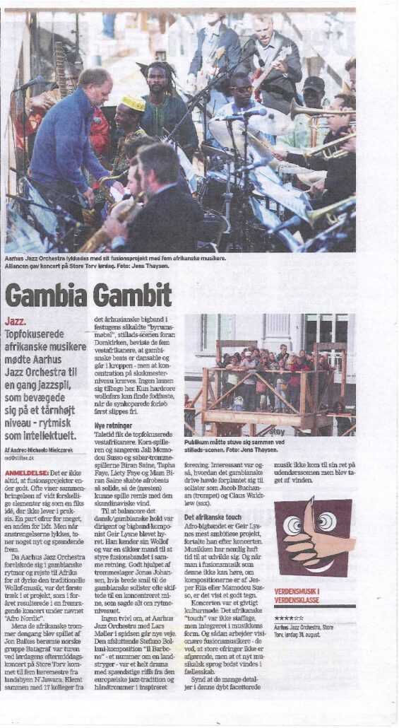 Review of concert with Aarhus Jazz Orchestra featuring Gambian Wolof drums. From Danish newspaper Aarhus Stiftstidende.